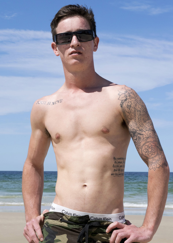 naked-australian-boy-mitch-1