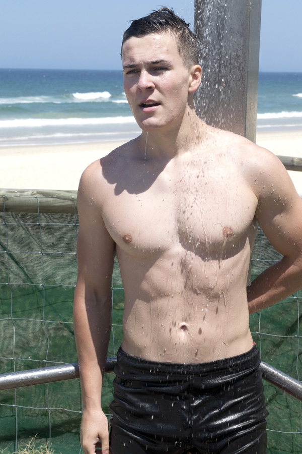 young-afl-footballer-vincent-4